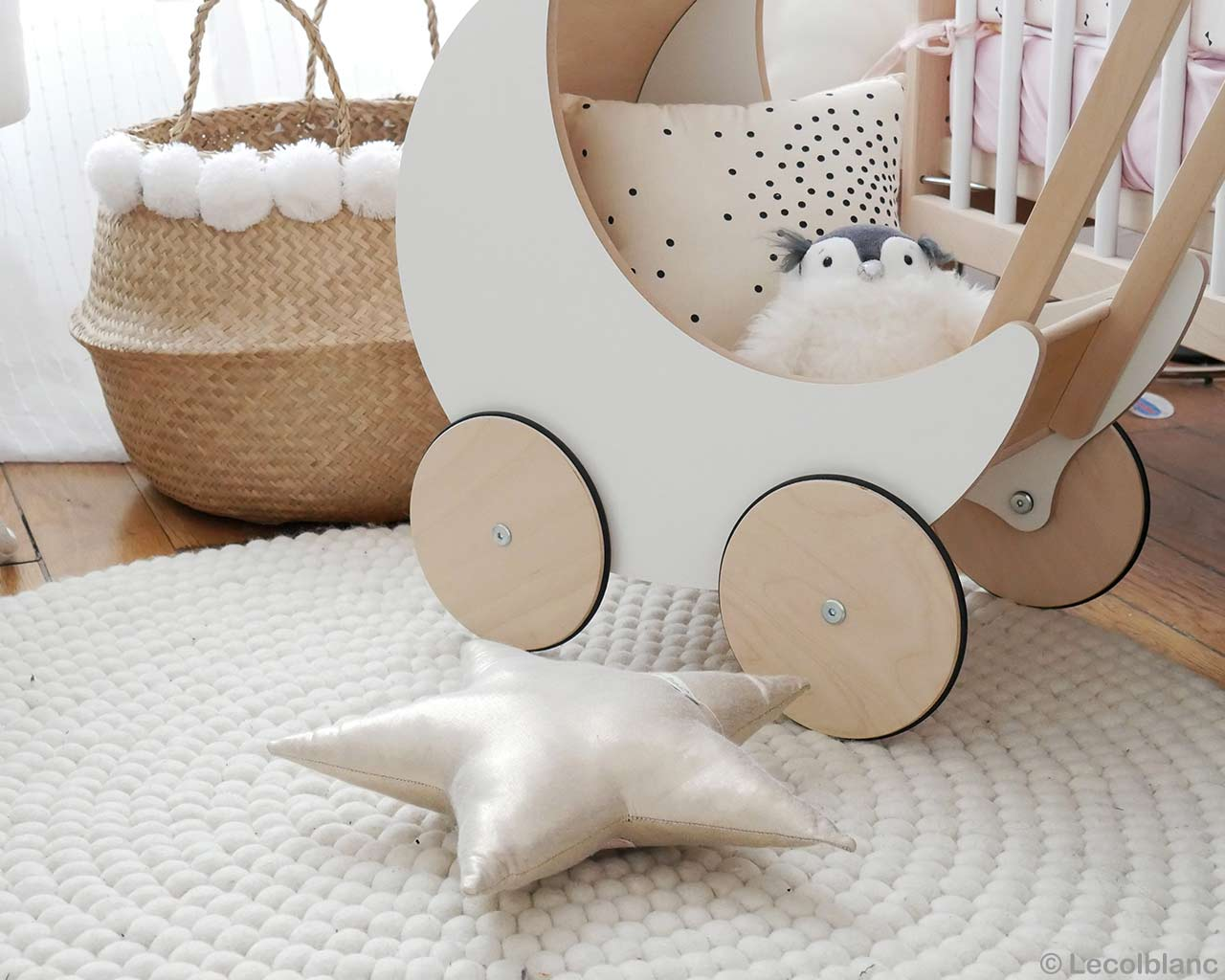 clean natural colors round rugs baby 1