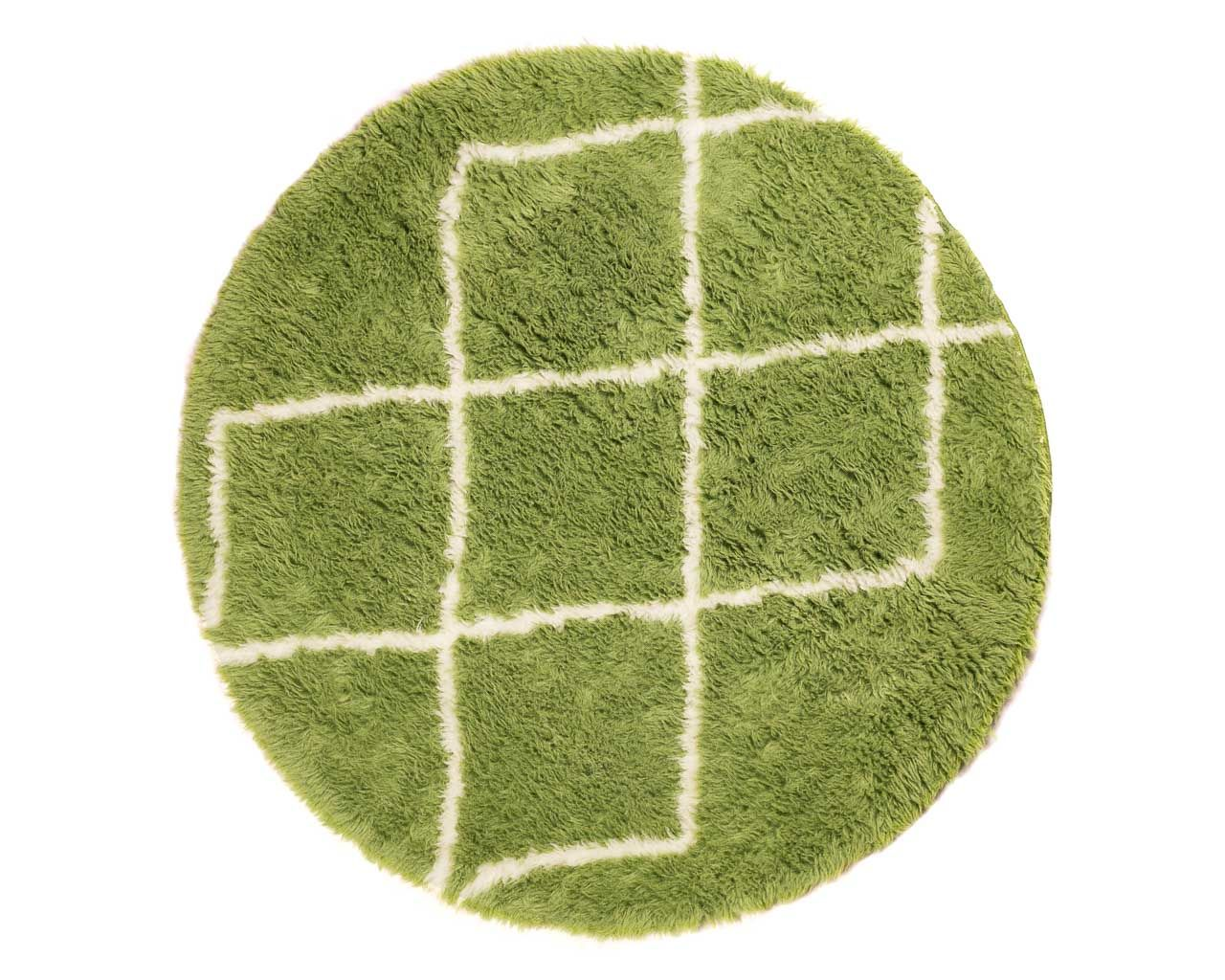round-green-rug-with-rhombus-patterns