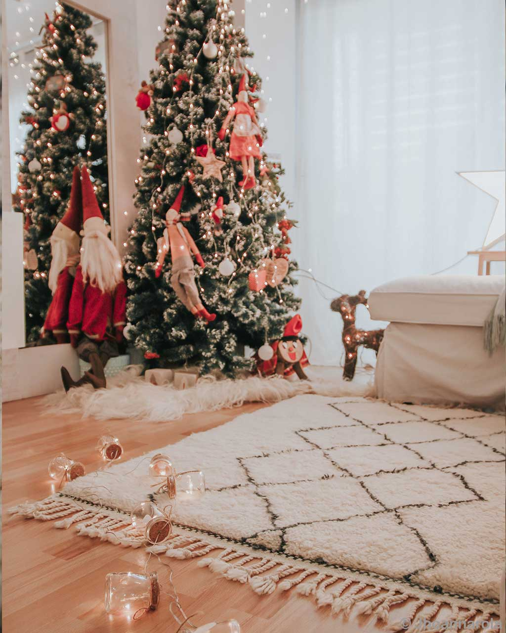 hand knotted christmas tree and mirror asian modern pearl rug store