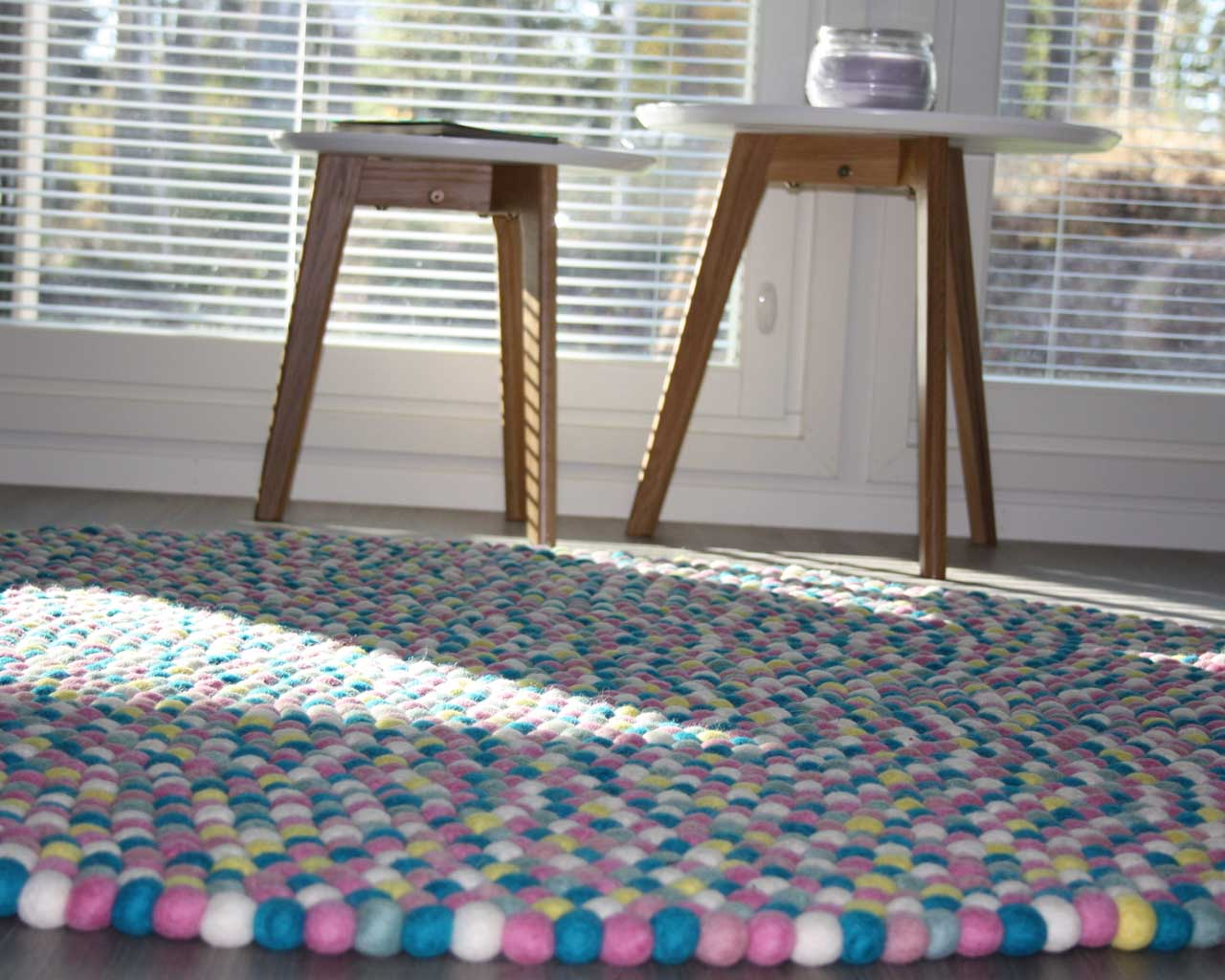 hand knotted round white table multi color round felt ball rugs
