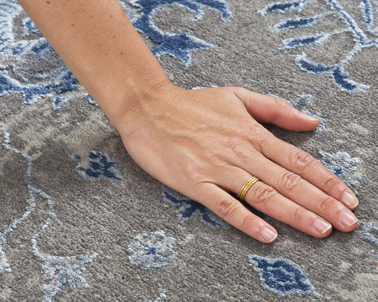 indian sky blue hand with ring cheap rugs for sale