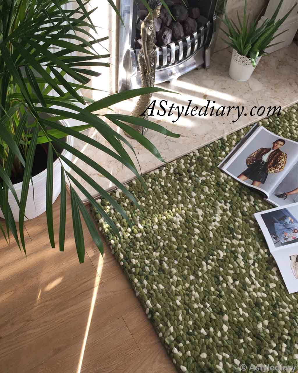 pot and fashion magazines traditional green felt ball rugs_1