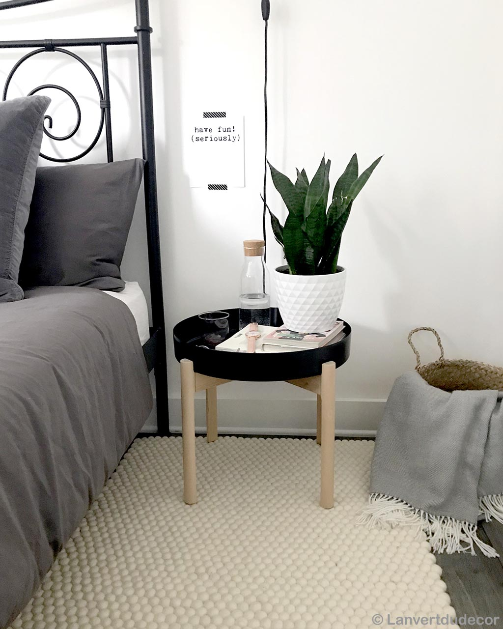 vase table and bed designer room rugs