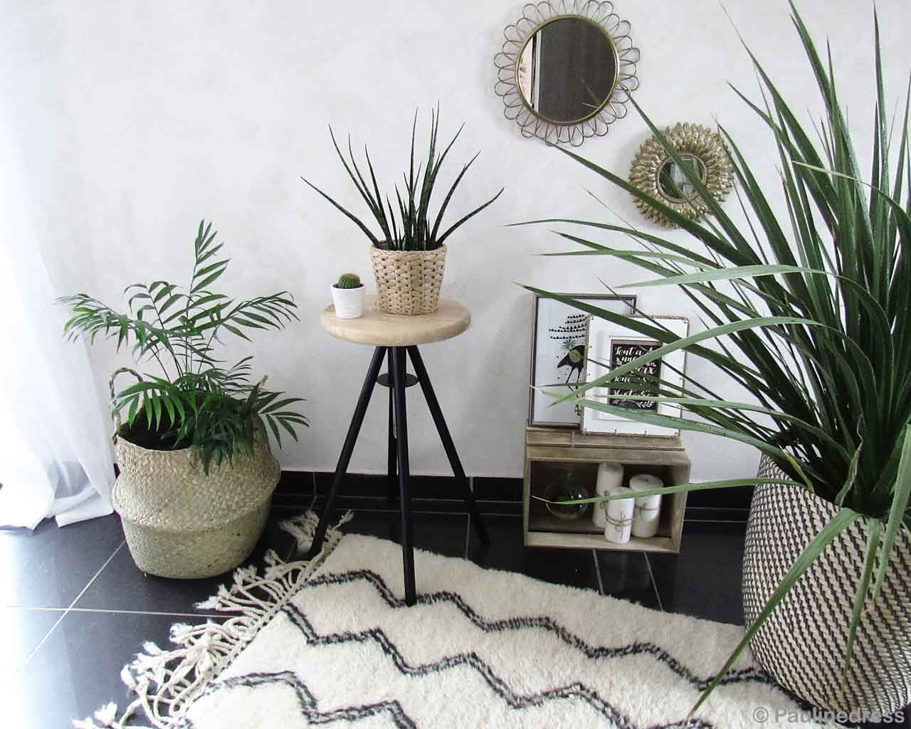 woolen wall side stand with photo frames designer room rugs