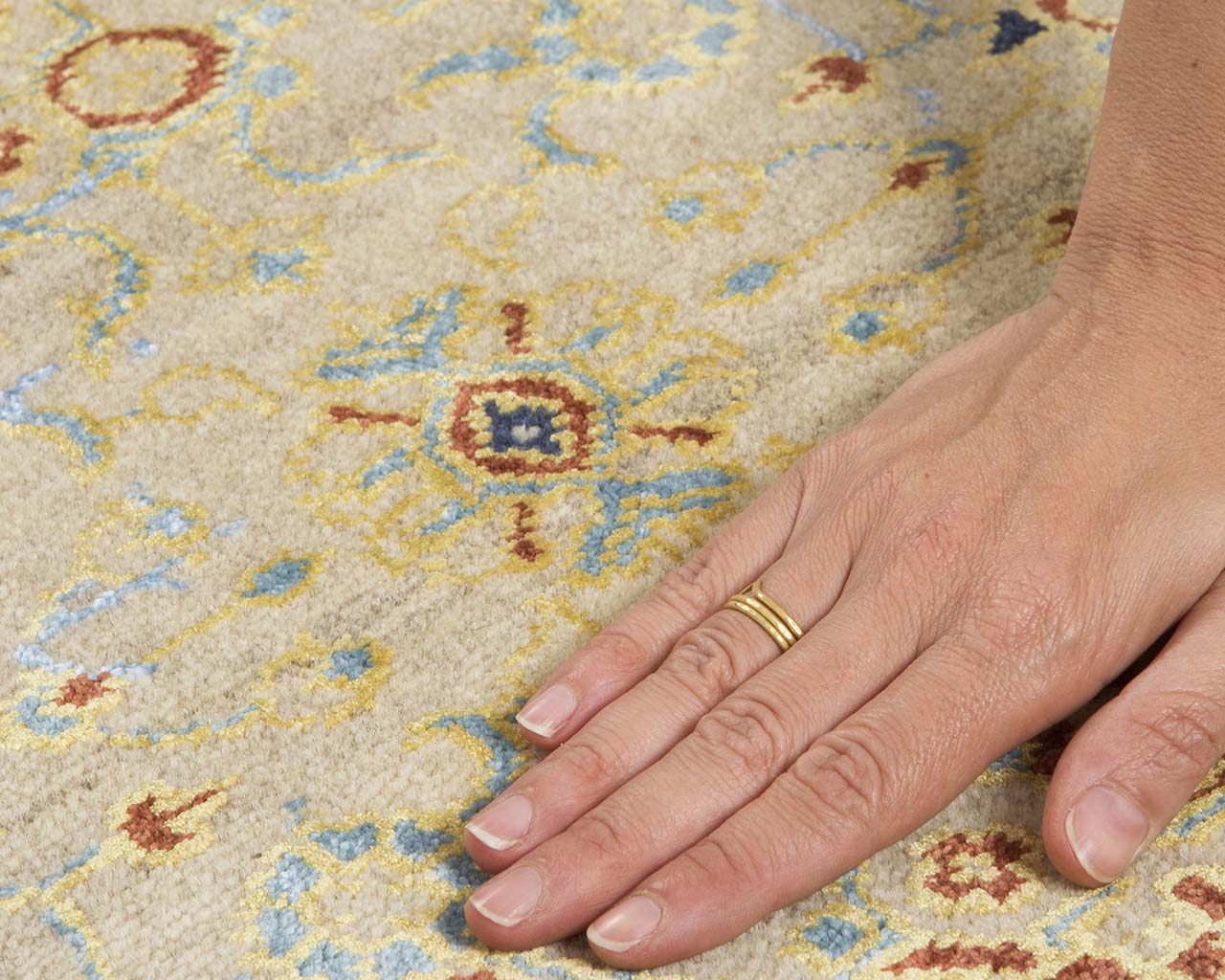 woven oriental dim gray hand with ring carpets and carpets
