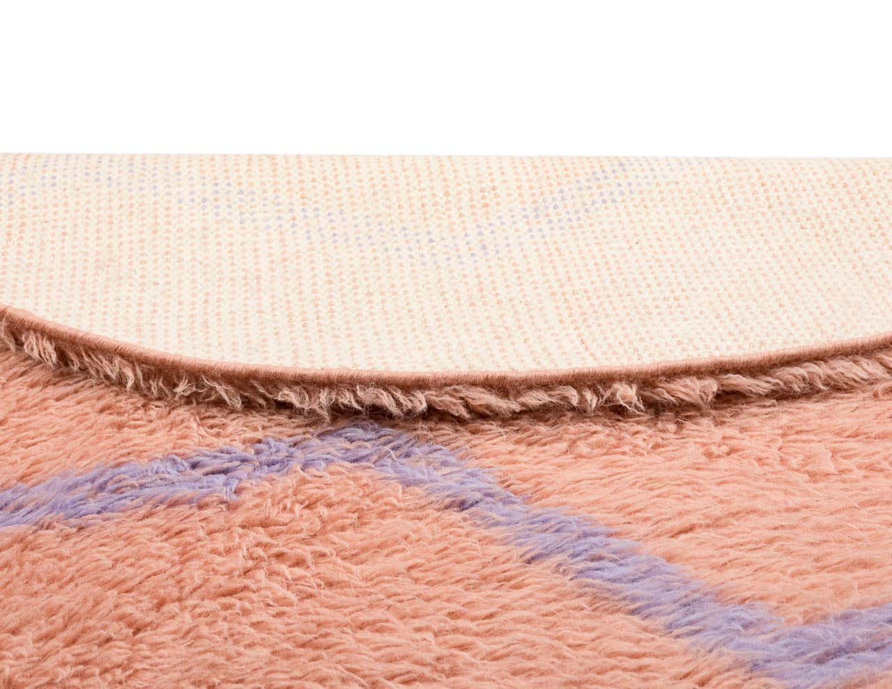 ink shade rug with zigzag patterns