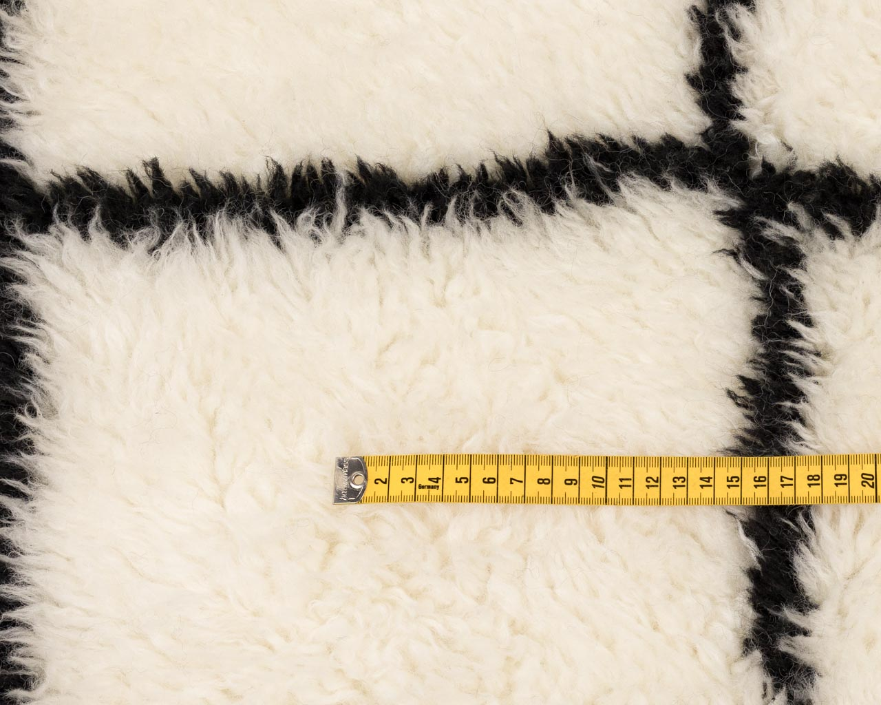 light-weight-rug in-white-shade