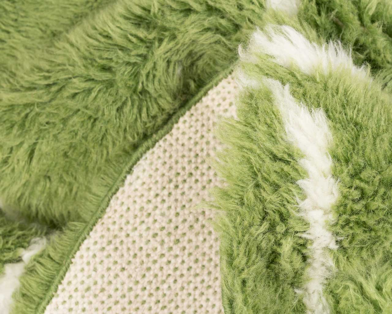 silky and smooth green rug