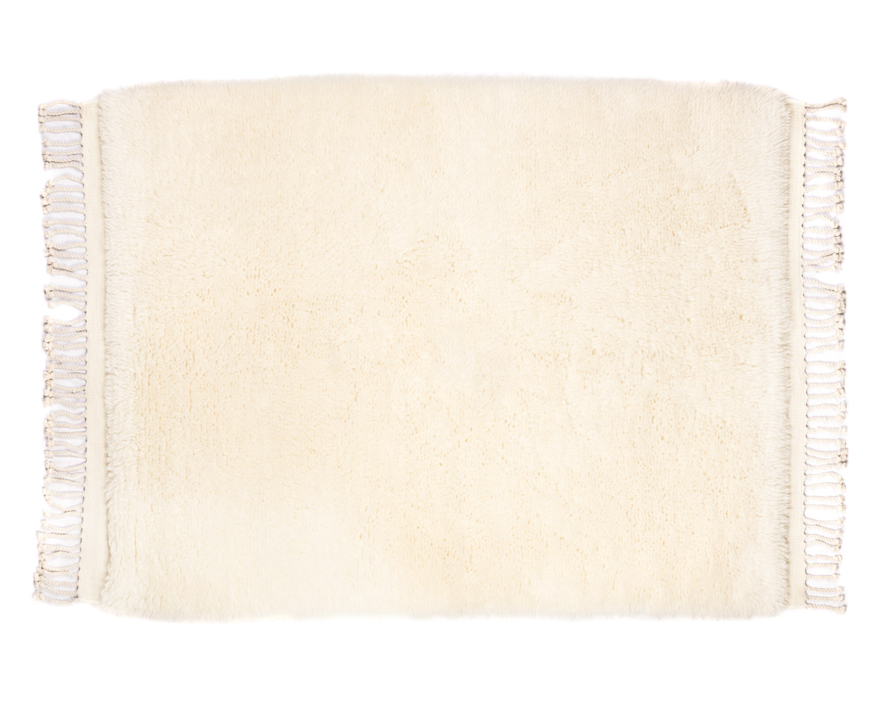 simple rectangular white rug with fringes